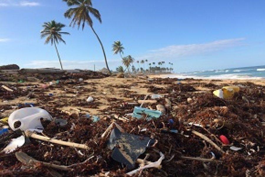 Acuerdo para frenar el envío de residuos plásticos a países pobres